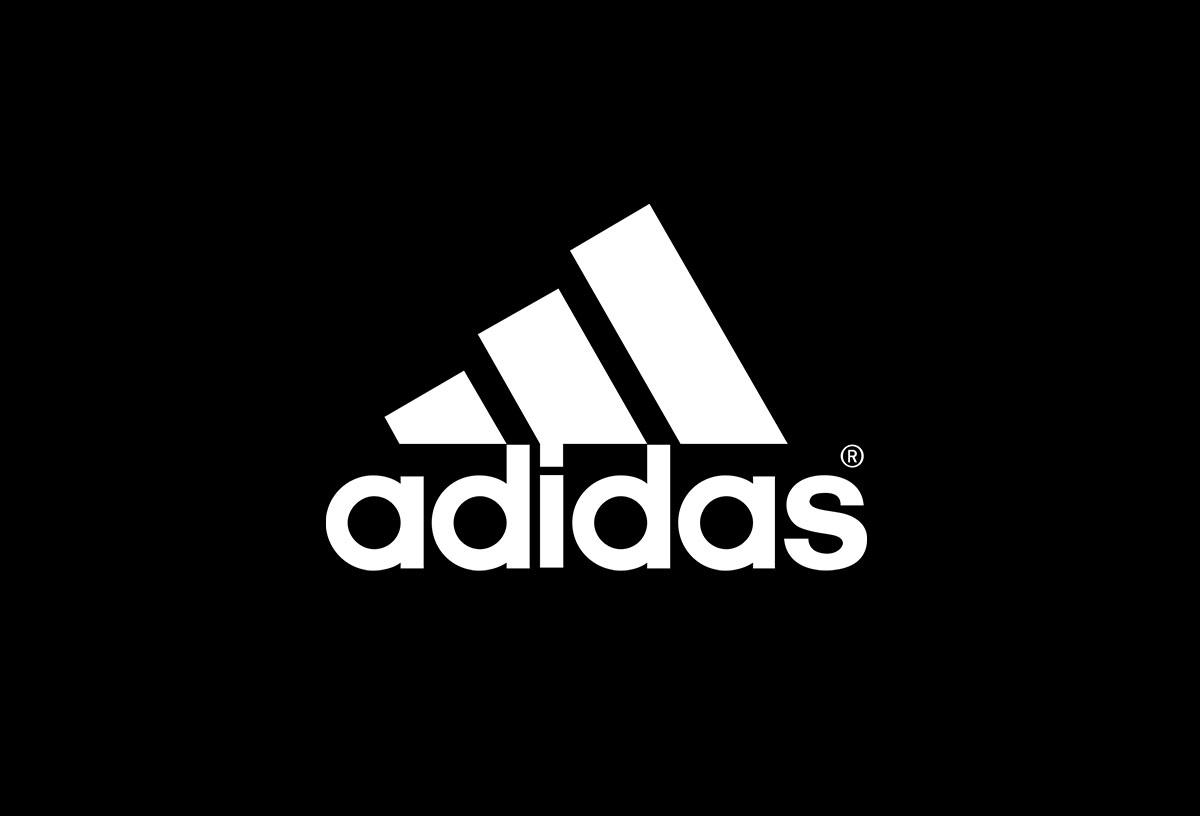 brand new e5279 a6d20 Adidas es una de las marcas de ropa deportiva más importantes que existen,  pues por una razón poderosa se ha posicionado como una de las marcas más  famosas ...