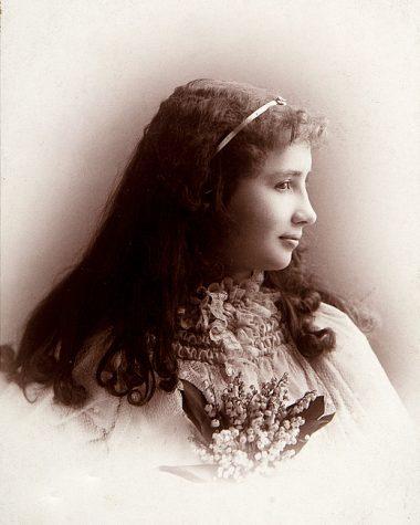 Helen Keller al inicio de su adolescencia