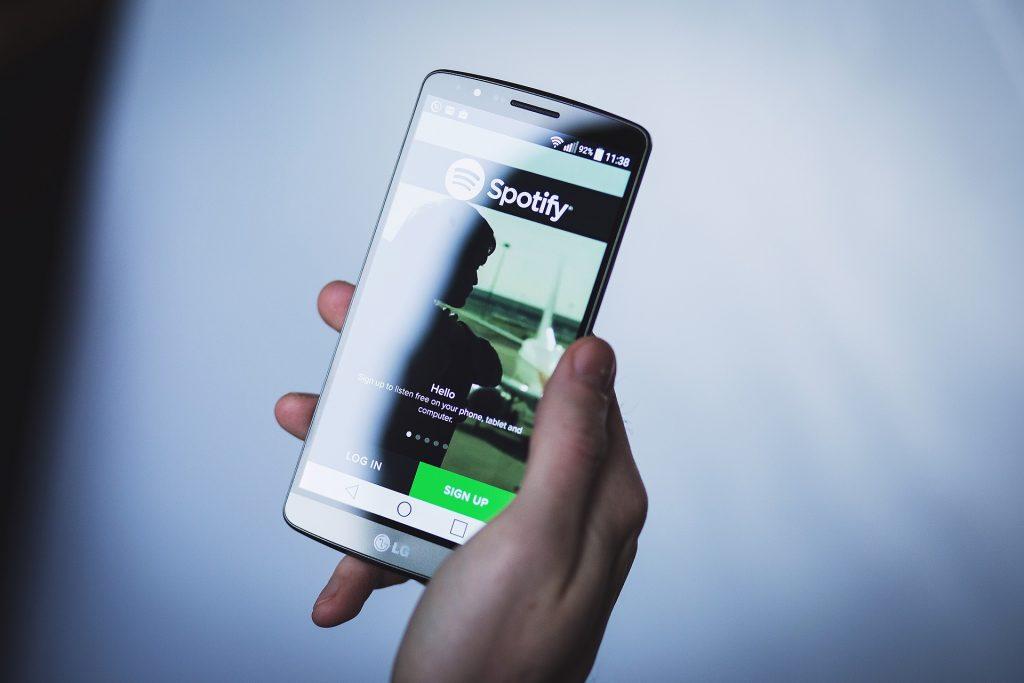 Teléfono con Spotify